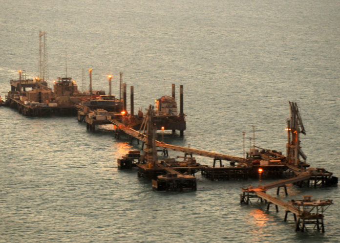 Iraq, crude oil exports, Iraqi, crude, oil, exports, Oil Minister, Thamer Ghadhban, output, southern, oilfields,